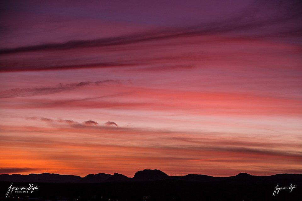 sunset-West-MacDonnell-Ranges