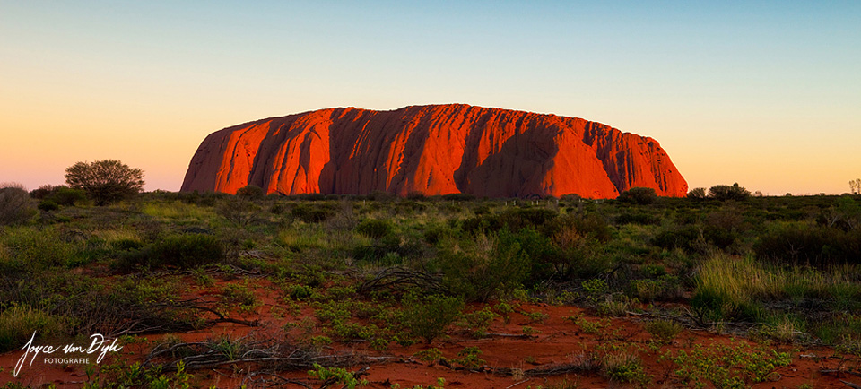 Sunset-Uluru-landscape