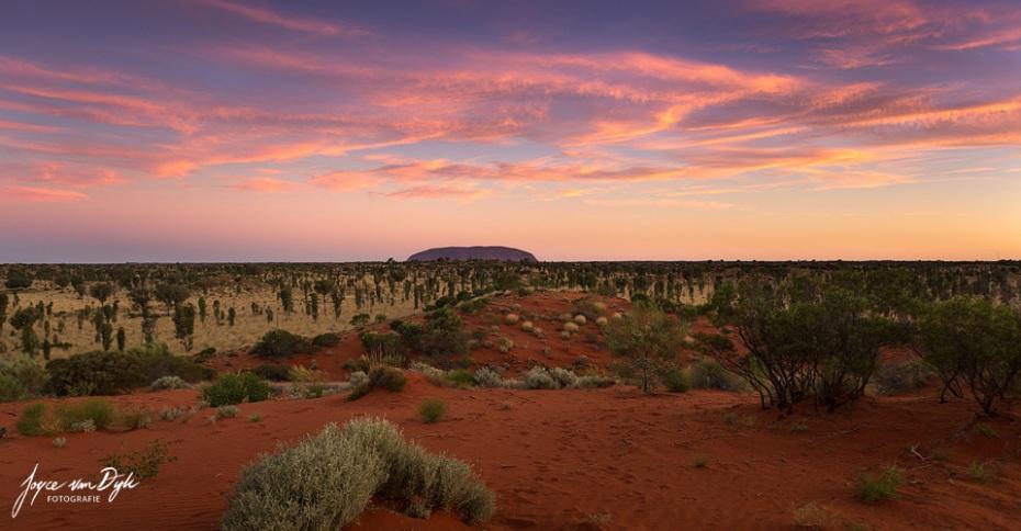 1_Uluru-1