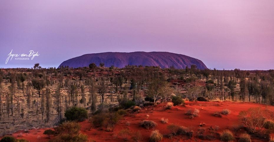 1_Uluru-4