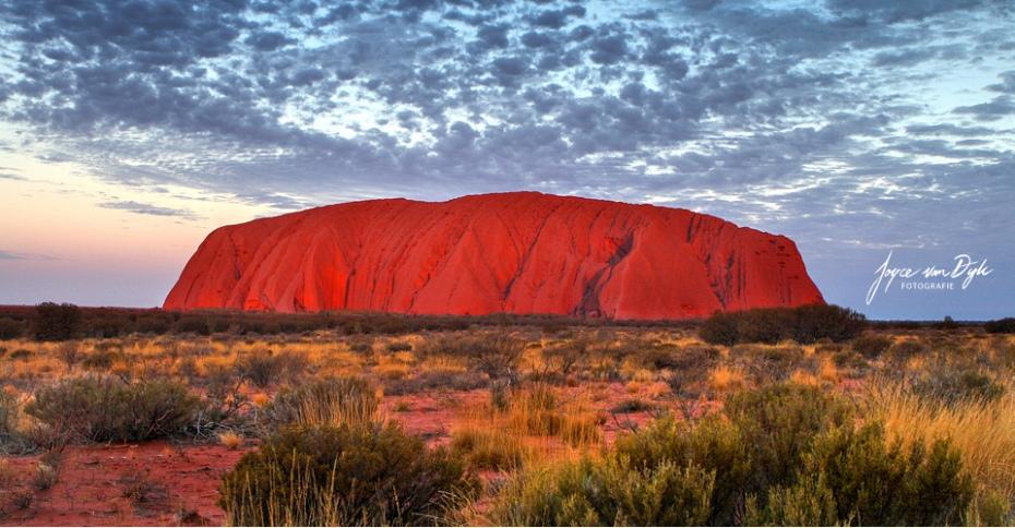 1_Uluru