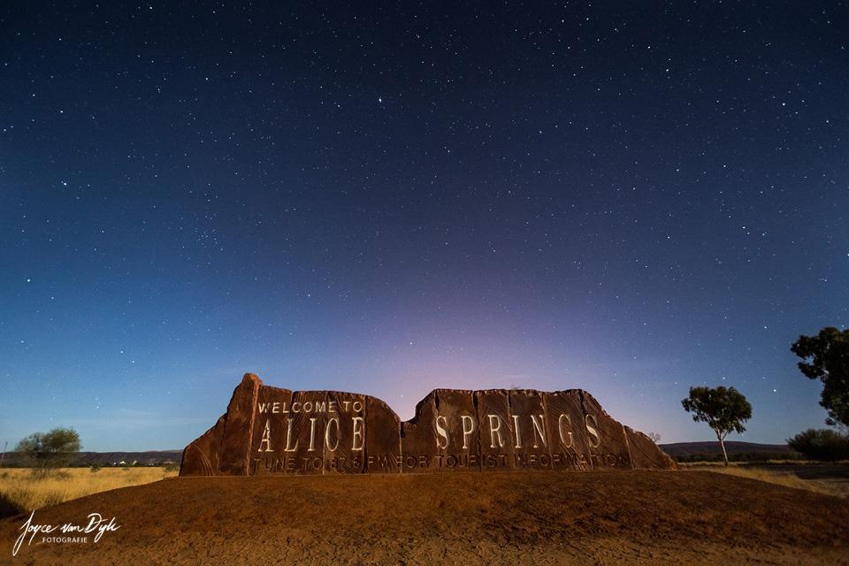 Alice-Springs-sign-night
