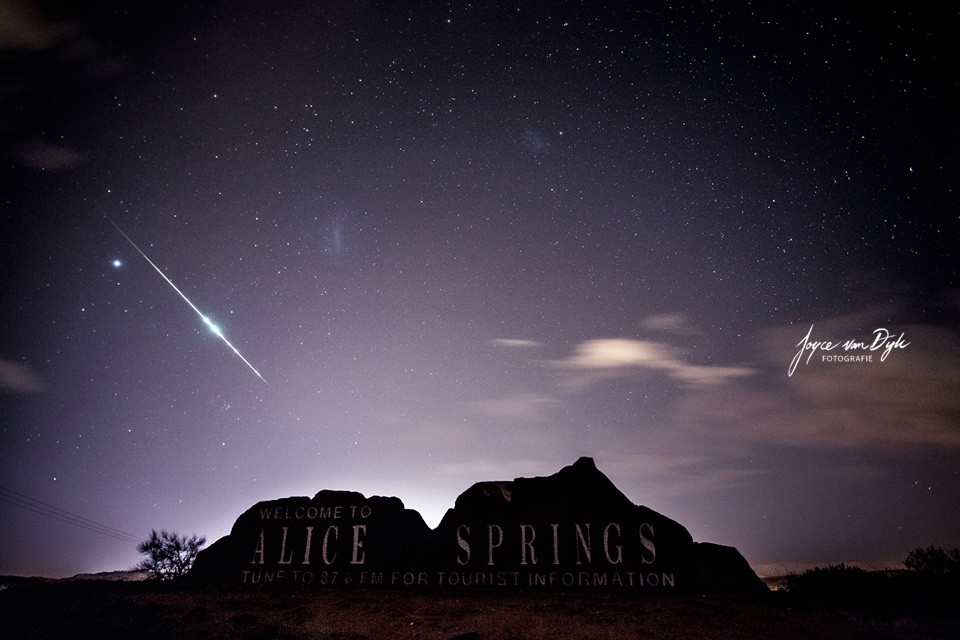 Meteoriet-and-Alice-Springs-welkoms-bord