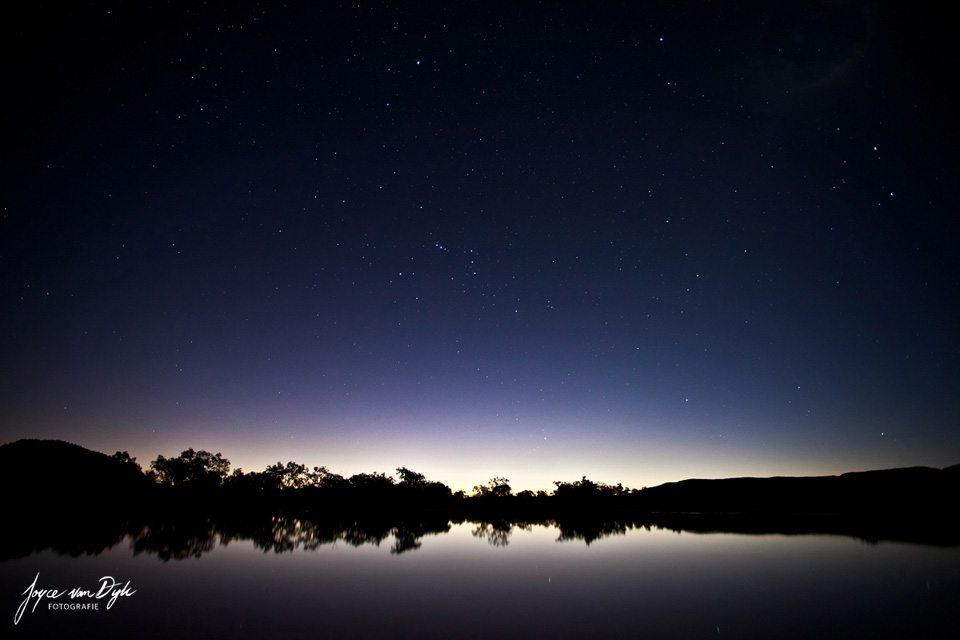 Night-Photography-Light-Painting-ClayPans-blue-purple