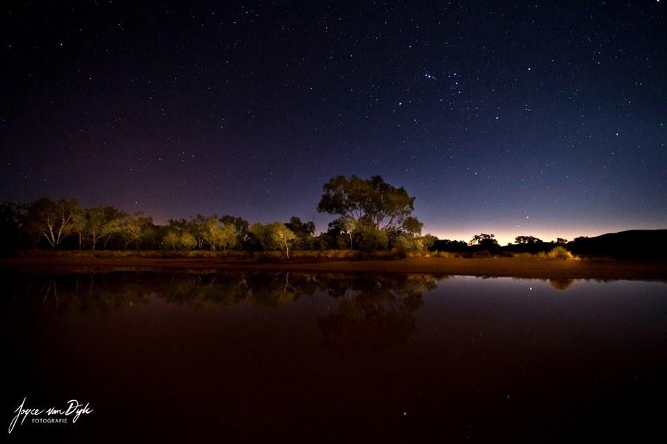 Night-Photography-Light-Painting-ClayPans-vet-gaaf