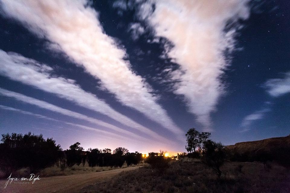 weird-clouds-night