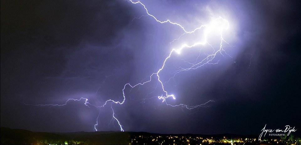 Best-ever-Lightning-Alice-Springs